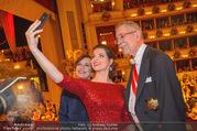 Opernball 2018 - Wiener Staatsoper - Do 08.02.2018 - Kristina INHOF (Selfie), Alexander VAN DER BELLEN, Doris SCHMIDA364