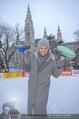 SuperFit Charity Eisstockschießen - Rathausplatz - Mi 21.02.2018 - Sylvia GRAF12
