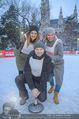 SuperFit Charity Eisstockschießen - Rathausplatz - Mi 21.02.2018 - Martina KAISER, Alex LIST, Sylvia GRAF19