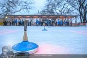 SuperFit Charity Eisstockschießen - Rathausplatz - Mi 21.02.2018 - Eisfl�che, Eisstockschiessen23