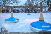SuperFit Charity Eisstockschießen - Rathausplatz - Mi 21.02.2018 - Eisfl�che, Eisstockschiessen24