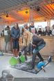 SuperFit Charity Eisstockschießen - Rathausplatz - Mi 21.02.2018 - Yvonne RUEFF beim Eisstockschiessen28