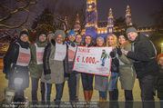 SuperFit Charity Eisstockschießen - Rathausplatz - Mi 21.02.2018 - Gruppenfoto41