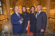 Falstaff Awards - Rathaus - Di 27.02.2018 - Wolfgang und Angelika ROSAM, Alfred HUDLER mit Birgit18