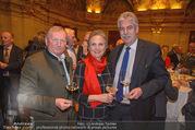 Vinaria Trophy 2018 - Palais Niederösterreich - Do 08.03.2018 - Franz HIRTZBERGER, Hansj�rg SCHELLING mit Ehefrau Uschi40