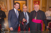 Orden für Ali Rahimi - Apostolische Nuntiatur - Di 13.03.2018 - Sebastian KURZ, Ali RAHIMI, Nuntius Peter Stephan ZURBRIGGEN42