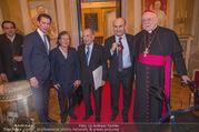 Orden für Ali Rahimi - Apostolische Nuntiatur - Di 13.03.2018 - Sebastian KURZ, Ali RAHIMI mit Eltern Asefeh und Abbas, Nuntius 43