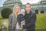 Lindt Goldhasensuche - Botanischer Garten Schönbrunn - So 25.03.2018 - Manuel und Kerstin ORTLECHNER mit Sohn Julian1