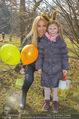 Lindt Goldhasensuche - Botanischer Garten Schönbrunn - So 25.03.2018 - Yvonne RUEFF mit Nichte Pia6