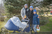Lindt Goldhasensuche - Botanischer Garten Schönbrunn - So 25.03.2018 - Kati BELLOWITSCH mit Daniel GEYER und Sohn Laurenz11