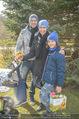 Lindt Goldhasensuche - Botanischer Garten Schönbrunn - So 25.03.2018 - Kati BELLOWITSCH mit Daniel GEYER und Sohn Laurenz13