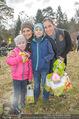 Lindt Goldhasensuche - Botanischer Garten Schönbrunn - So 25.03.2018 - Tanja DUHOVICH mit Tochter Nici, Adriana ZARTL mit Sohn Luca30
