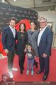 Romero Britto - Parndorf Fashion Outlet - Mi 04.04.2018 - Tanja DUHOVICH mit Tochter Niki, Sonja KLIMA, Daniel SERAFIN, Fr14