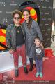 Romero Britto - Parndorf Fashion Outlet - Mi 04.04.2018 - Romero BRITTO, Tanja DUHOVICH mit Tochter Niki78