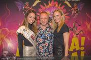 Afrika! Afrika! Premiere - Stadthalle - Do 12.04.2018 - Celine SCHRENK, Reinhard NOWAK, Patricia KAISER20