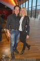 Afrika! Afrika! Premiere - Stadthalle - Do 12.04.2018 - Rainer SCH�NFELDER mit Ehefrau Manuela22