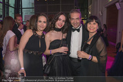 Dancer against Cancer - Hofburg - Sa 14.04.2018 - Familie Robert LETZ mit T�chtern Julia und Sophie, Marion FINGE37