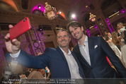 Dancer against Cancer - Hofburg - Sa 14.04.2018 - Manfred BAUMANN macht Selfie mit Graham WARDLE139