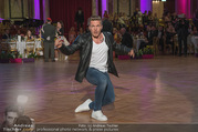Dancer against Cancer - Hofburg - Sa 14.04.2018 - Roman DAUCHER193