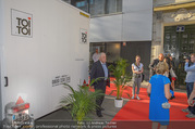 Opening - Iazzetta Store - Do 19.04.2018 - WC/Toilette direkt vorm Red Carpet / Eingang6