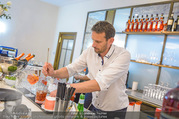 Al Banco Bar Opening - Erste Bank Campus - Di 24.04.2018 - Barkeeper5