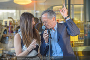 Al Banco Bar Opening - Erste Bank Campus - Di 24.04.2018 - Monika BALLWEIN, Andreas TREICHL singen ein Duett50