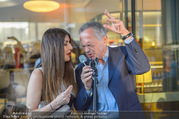 Al Banco Bar Opening - Erste Bank Campus - Di 24.04.2018 - Monika BALLWEIN, Andreas TREICHL singen ein Duett52