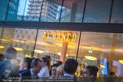 Al Banco Bar Opening - Erste Bank Campus - Di 24.04.2018 - Al Bance Bar von außen64