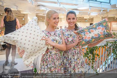 Lena Hoschek Kollektion - Betten Reiter - Mi 25.04.2018 - Sandra SEIDL, Anna HAMMEL4