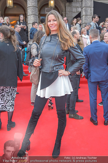 Amadeus Austria Music Awards 2018 - Volkstheater - Do 26.04.2018 - Celine ROSCHEK23