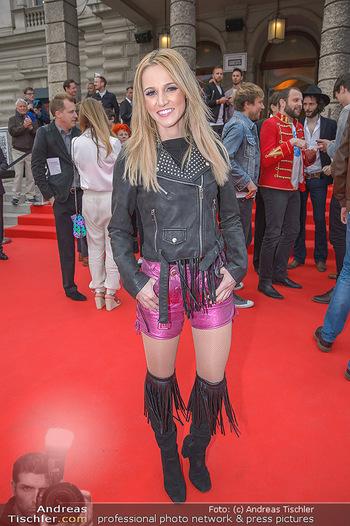 Amadeus Austria Music Awards 2018 - Volkstheater - Do 26.04.2018 - Melissa NASCHENWENG31