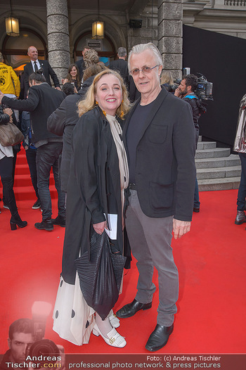 Amadeus Austria Music Awards 2018 - Volkstheater - Do 26.04.2018 - Anja und Thomas RABITSCH57