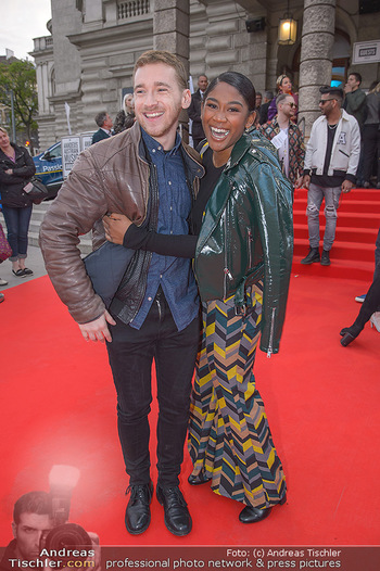 Amadeus Austria Music Awards 2018 - Volkstheater - Do 26.04.2018 - Rose May ALABA, Nathan TRENT73