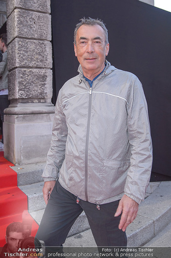 Amadeus Austria Music Awards 2018 - Volkstheater - Do 26.04.2018 - Hubert VON GOISERN88