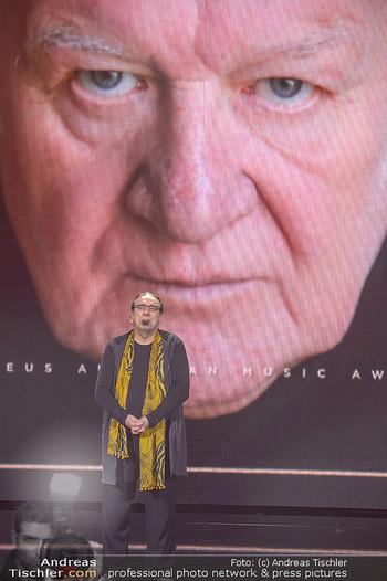 Amadeus Austria Music Awards 2018 - Volkstheater - Do 26.04.2018 - Rudi DOLEZAL ehrt WILFRIED f�r sein Lebenswerk posthum220