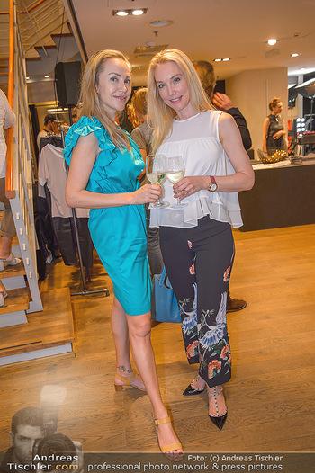 Store Opening - Not another concept store Ringstraßen Galerien - Mi 02.05.2018 - Erika S�SS, Ekaterina MUCHA23