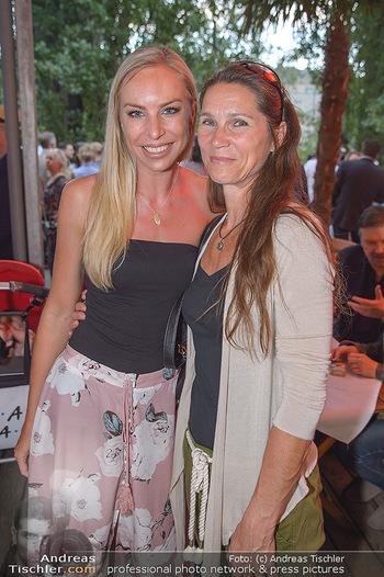 Saison Opening - Summerstage - Mi 02.05.2018 - Nadine FRIEDRICH mit Mutter Margit17