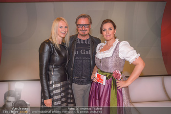 Pro Juventute Charity Gala - Studio 44 - Mo 07.05.2018 - Nik P. mit Freundin Karin CANDUSSI (?), Barbara KARLICH2