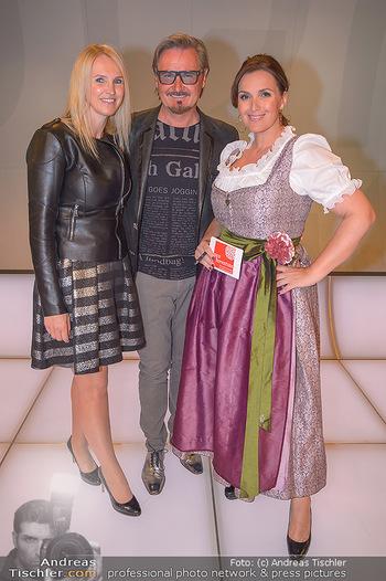 Pro Juventute Charity Gala - Studio 44 - Mo 07.05.2018 - Nik P. mit Freundin Karin CANDUSSI (?), Barbara KARLICH3