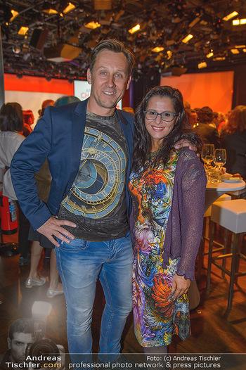 Pro Juventute Charity Gala - Studio 44 - Mo 07.05.2018 - Martin OBERHAUSER mit Fanny (Freundin, Designerin)22