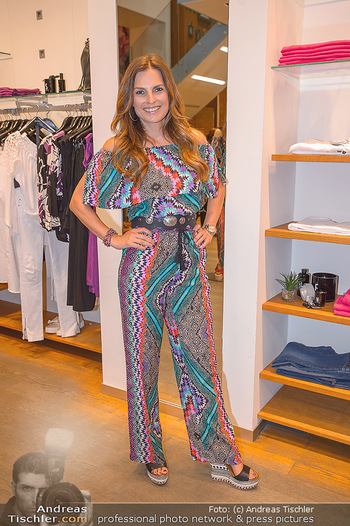 Bettina Assinger Kolletion - Jones Store - Di 08.05.2018 - Bettina ASSINGER6