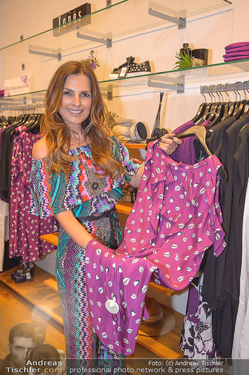 Bettina Assinger Kolletion - Jones Store - Di 08.05.2018 - Bettina ASSINGER22