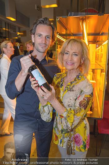 LifeBall Wein - Wein & Co - Di 08.05.2018 - Dagmar KOLLER, Michael BALGAVY15