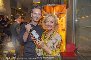 LifeBall Wein - Wein & Co - Di 08.05.2018 - Dagmar KOLLER, Michael BALGAVY17