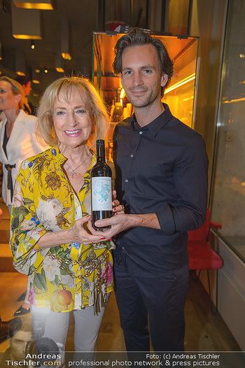 LifeBall Wein - Wein & Co - Di 08.05.2018 - Dagmar KOLLER, Michael BALGAVY19