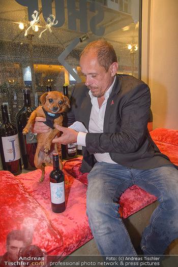 LifeBall Wein - Wein & Co - Di 08.05.2018 - Gery KESZLER mit Hund BRODMAN22