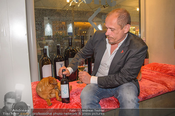 LifeBall Wein - Wein & Co - Di 08.05.2018 - Gery KESZLER mit Hund BRODMAN23