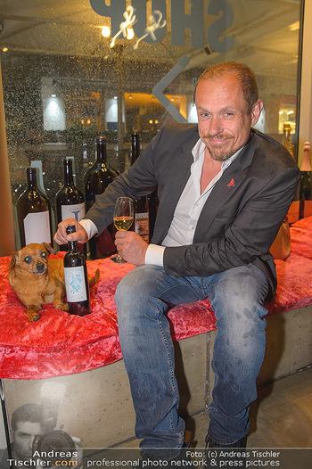LifeBall Wein - Wein & Co - Di 08.05.2018 - Gery KESZLER mit Hund BRODMAN24