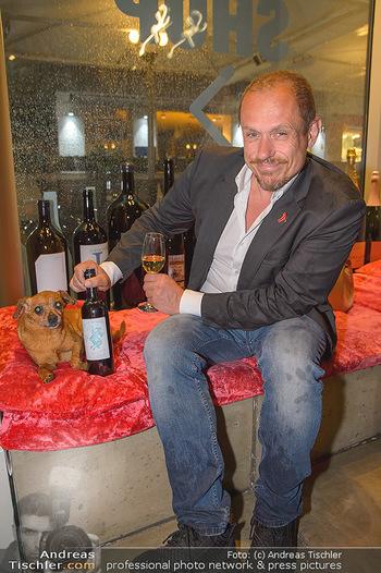 LifeBall Wein - Wein & Co - Di 08.05.2018 - Gery KESZLER mit Hund BRODMAN25