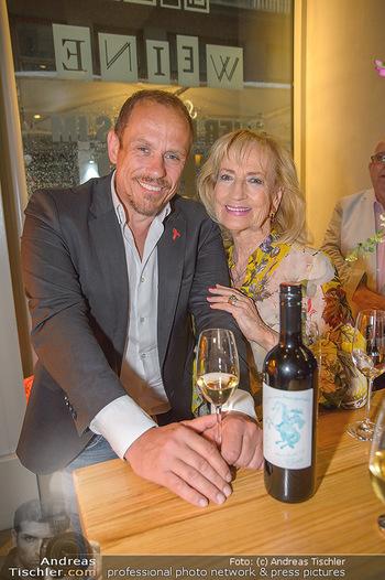 LifeBall Wein - Wein & Co - Di 08.05.2018 - Dagmar KOLLER, Gery KESZLER27